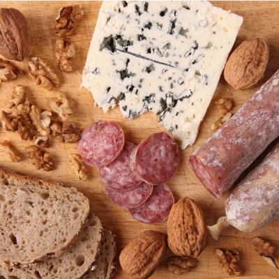 Saucisson sec noix-roquefort